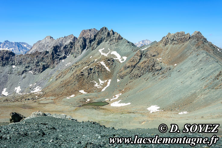 Photo n°201807007 Le col Sud du Cristillan: le fond de l'océan à 3000m d'altitude! Cliché Dominique SOYEZ Copyright Reproduction interdite sans autorisation