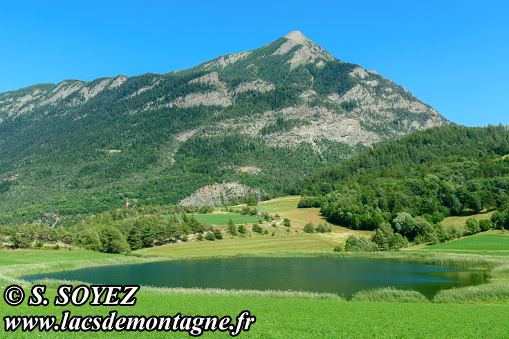 Photo n°201907099 Lac de Siguret (1059m) (Embrunais, Hautes-Alpes) Cliché Serge SOYEZ Copyright Reproduction interdite sans autorisation