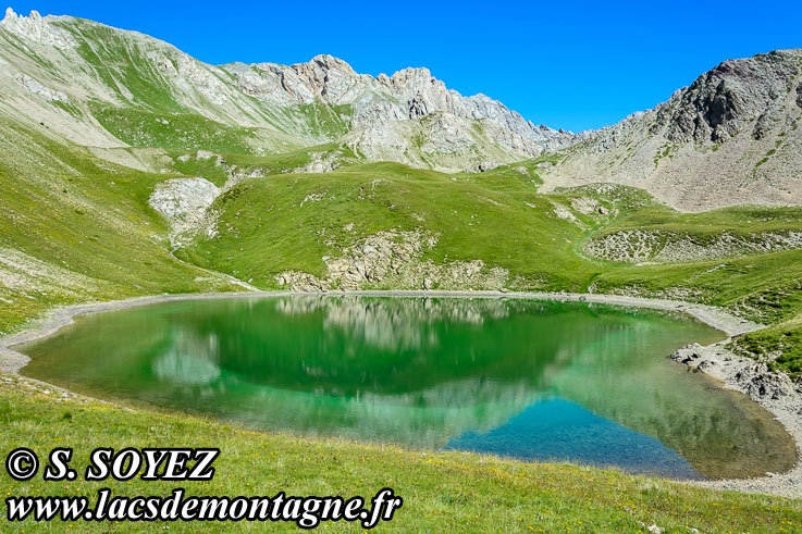 Photo n°201607219 Grand lac du Lauzet (2373m) (Limite Guillestrois - Queyras) Cliché Serge SOYEZ Copyright Reproduction interdite sans autorisation