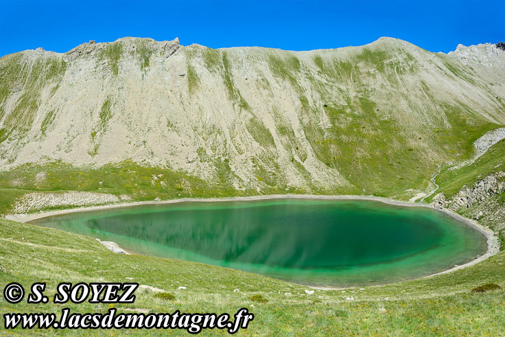 Photo n°201607221 Grand lac du Lauzet (2373m) (Limite Guillestrois - Queyras) Cliché Serge SOYEZ Copyright Reproduction interdite sans autorisation