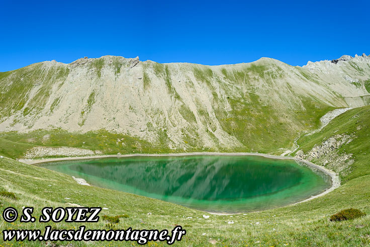 Photo n°201607222 Grand lac du Lauzet (2373m) (Limite Guillestrois - Queyras) Cliché Serge SOYEZ Copyright Reproduction interdite sans autorisation