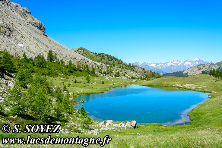 Photo n°201607212 Lac moyen du Lauzet (2210m) (Limite Guillestrois - Queyras) Cliché Serge SOYEZ Copyright Reproduction interdite sans autorisation