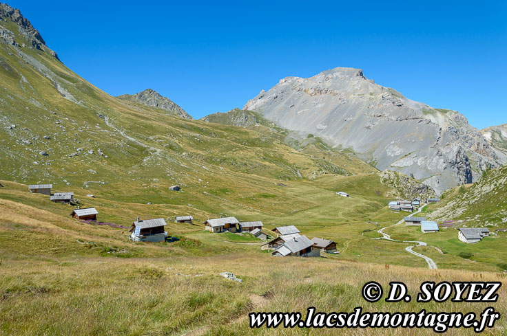 Photo n°201507122 Chalets de Clapeyto (2221m) (Queyras, Hautes-Alpes) Cliché Dominique SOYEZ Copyright Reproduction interdite sans autorisation